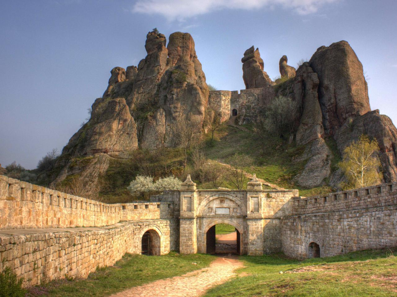 High Resolution Background Images with Belogradchik in ...