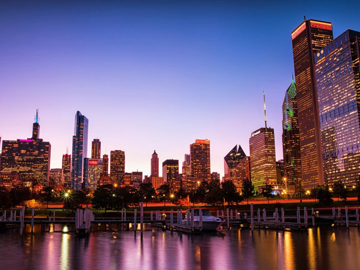 Stunning Picture Of Chicago City At Night For Wallpaper