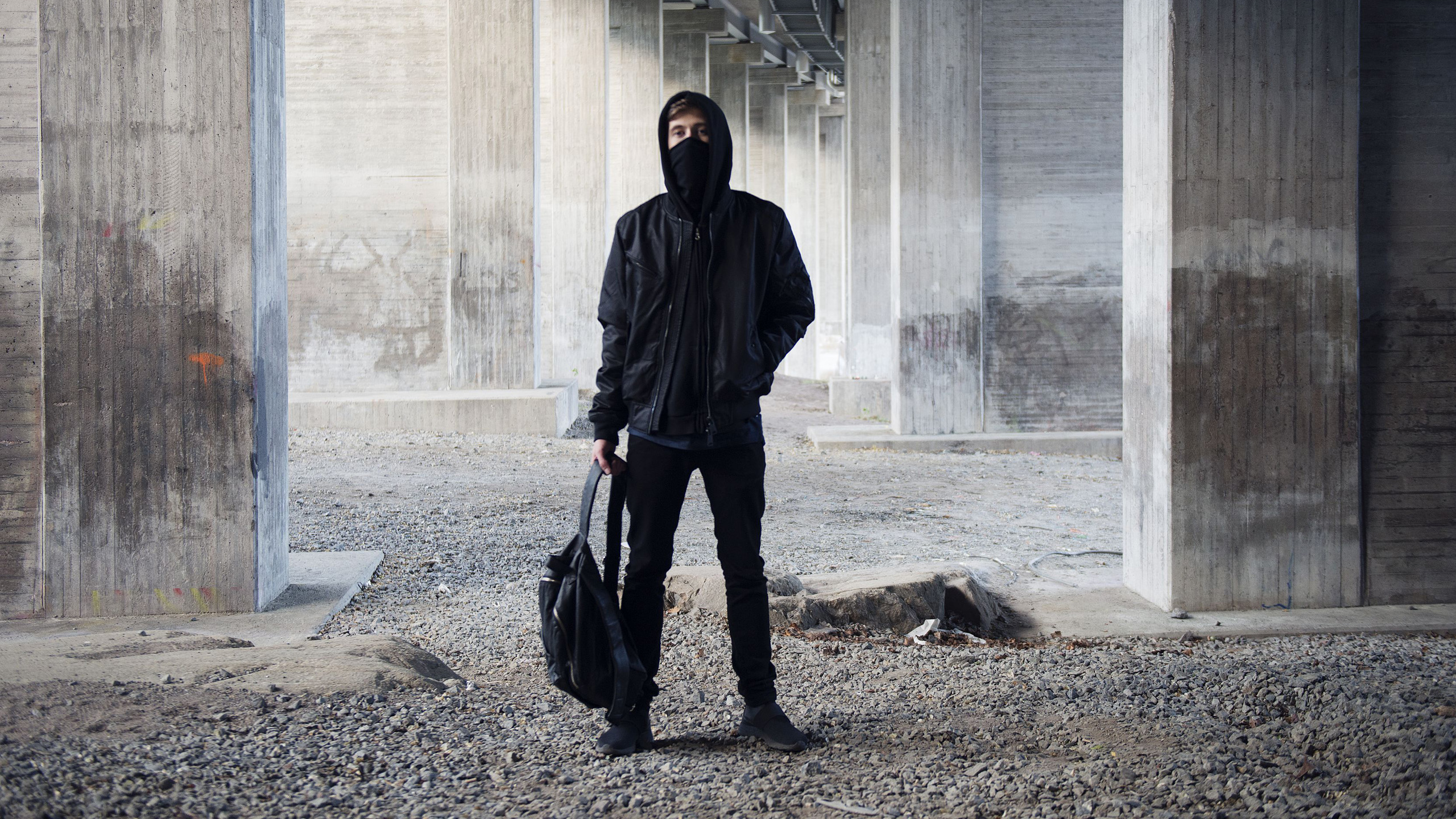 Alan Walker Face And Full Body Wallpaper Hd Wallpapers