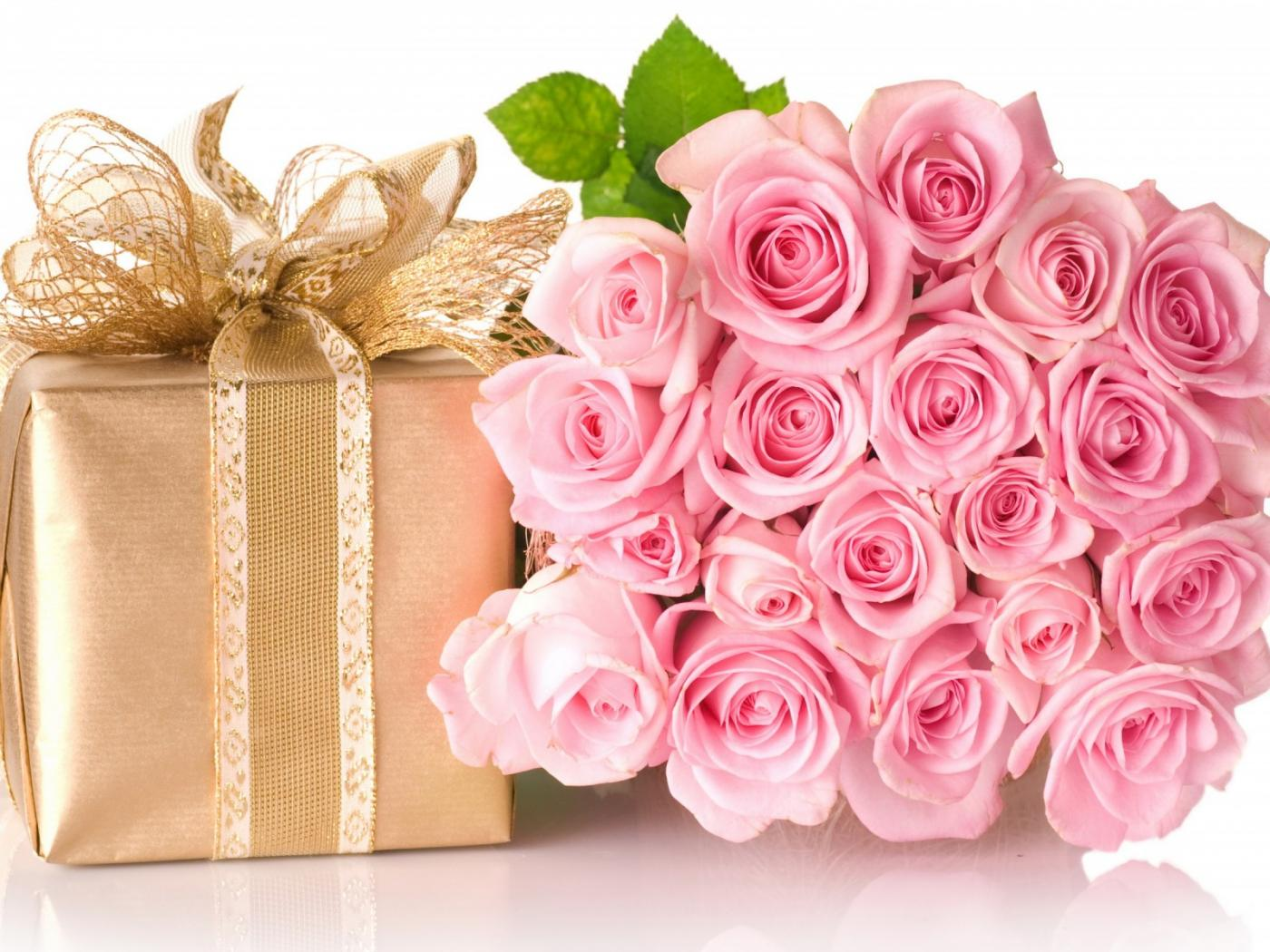 Happy birthday images with rose flowers and gift box hd wallpapers available downloads izmirmasajfo