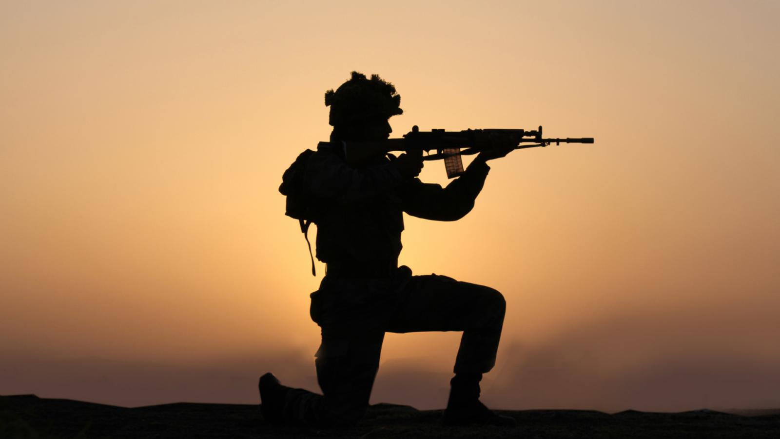 Indian Army Wallpapers Hd Free Download: Indian Army Wallpaper With Soldier In Silhouette
