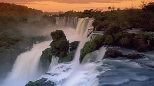 Full HD Nature Wallpaper 1080p Desktop with Cascades of the Iguacu Falls