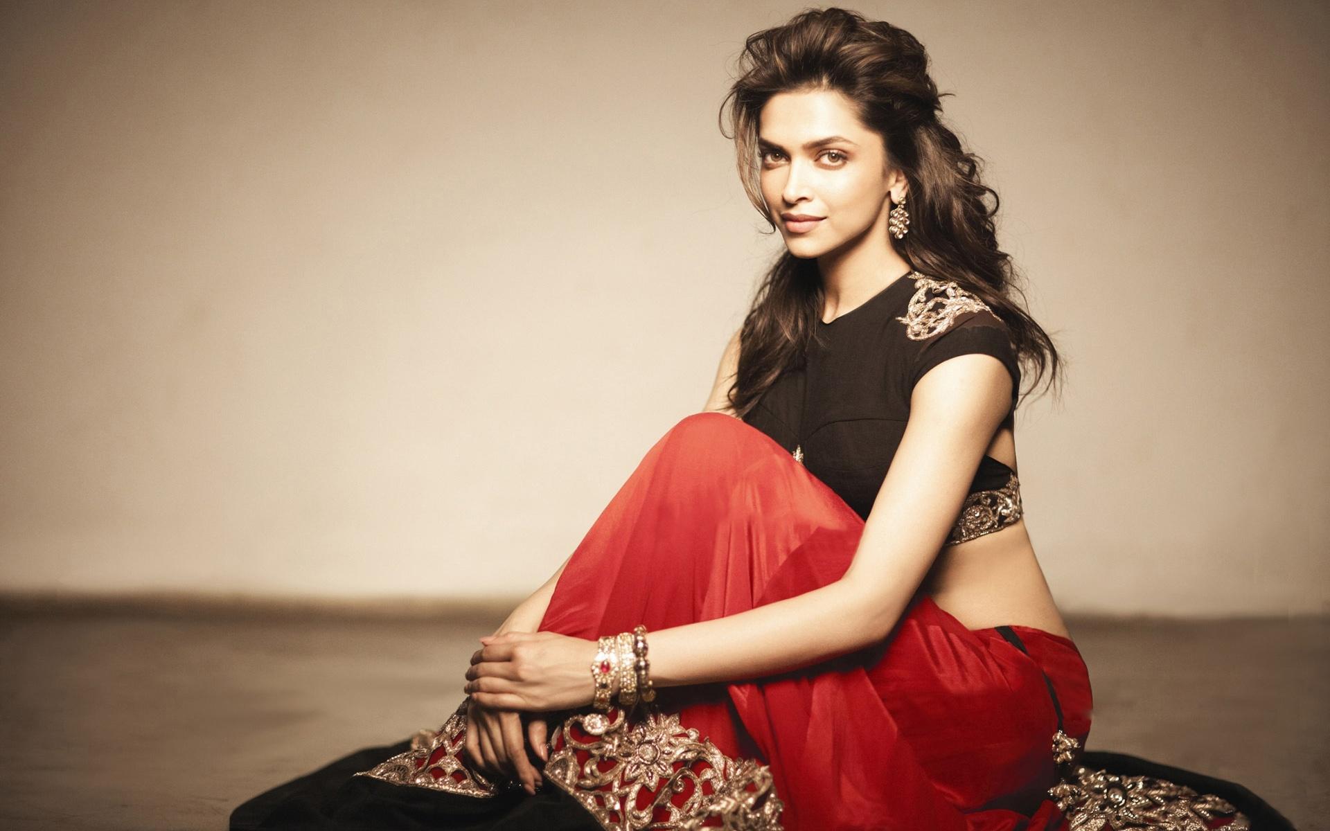 Deepika Padukone wears Red Saree/Sari in HD Wallpaper - HD ...