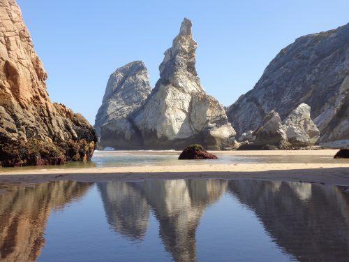 Beautiful Nature Wallpaper with Amazing View of Praiya da Ursa - Portugal