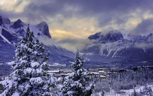 Nature Scenes Wallpaper with Picture of Alberta Banff National Park Mountain in Canada