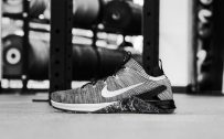 Nike Shoes Wallpaper with Metcon DSX Flyknit 2 in Black and White