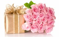 Happy Birthday Images With Rose Flowers and Gift