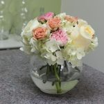 Small Rose Flower Arrangement with Hydrangea