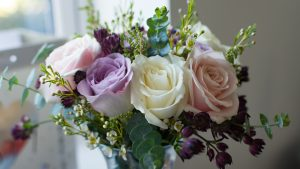 Wedding Flower Arrangements Roses with Various Color