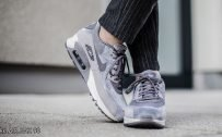 Pictures of nike shoes with Nike Air Max 90