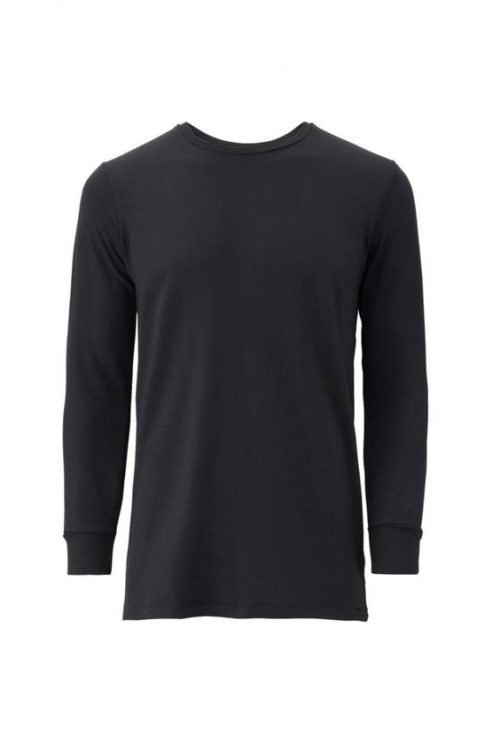 10 Blank T-Shirt Template Designs with Portrait Mode - 08 - Men Heattech Crewneck T-Shirt in Black